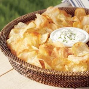 potato-chips-dip-.jpg