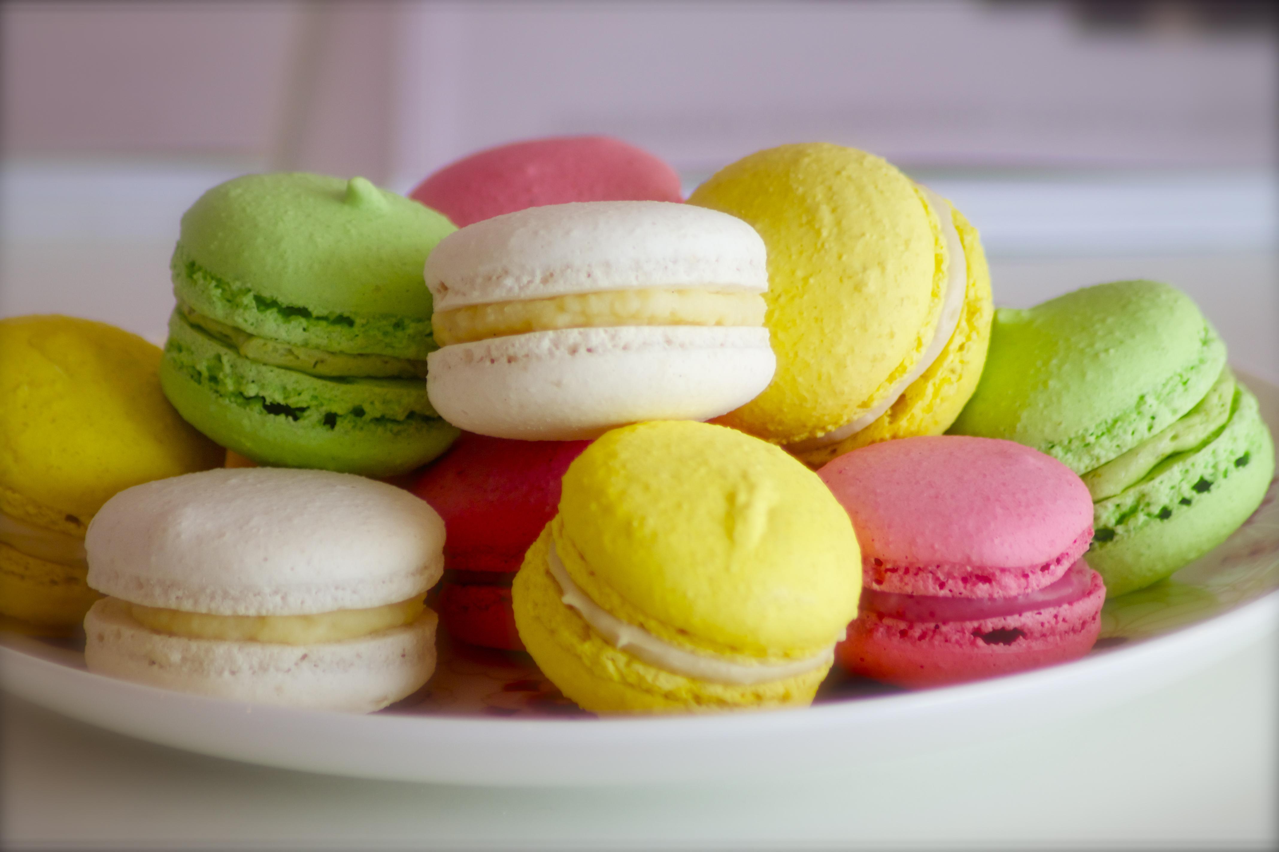 Shades Of Pink Parisian Macaroons Recipe Dishmaps