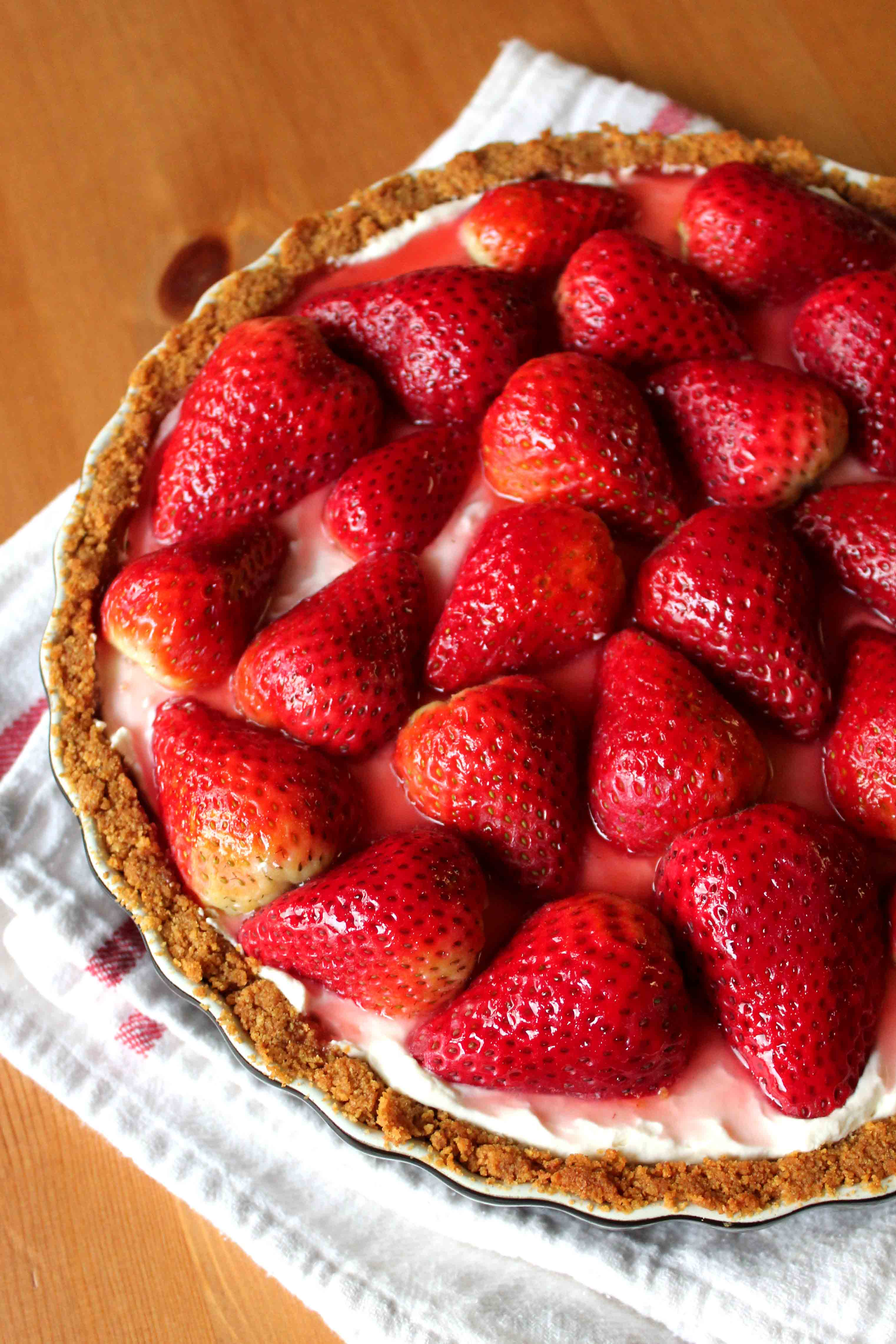 September 28 is National Strawberry Cream Pie Day | Foodimentary ...