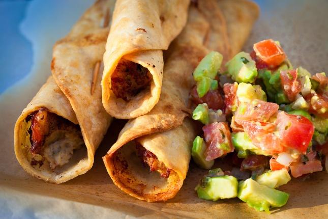 National taquito day foodimentary national food holidays - Tacos mexicanos de pollo ...