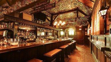 tom-bergins-bar