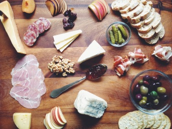 cova-bay-bites-cheese-and-charcuterie-board