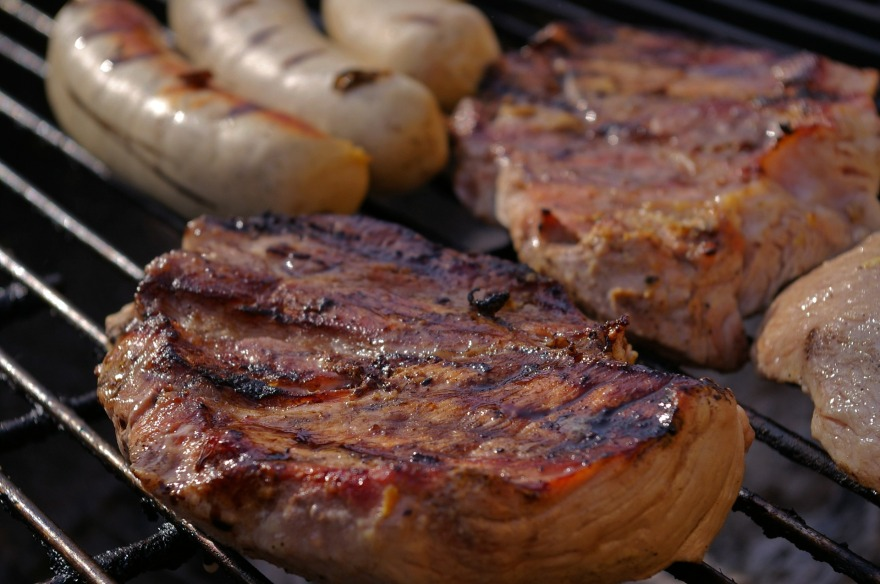 grilled-meats-1309431_1920